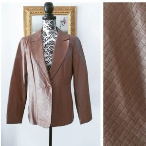 Dialogue diamond quilted leather blazer